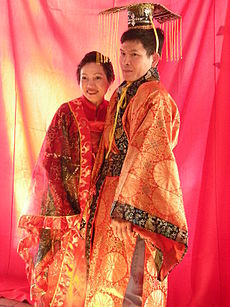 9ffe26e3c1 Kínai hagyományos ünnepi öltözék