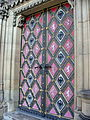 Chrám svatého Petra a Pavla (dveře).jpg