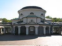 Cimitero monumentale di Torino - Entrata corpo centrale interno01.jpg