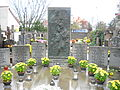 Cmentarz czerniakowski grób sióstr najświętszej rodziny z nazaretu.JPG