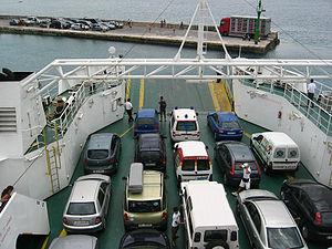 Coches en el ferry - Flickr - pululante.jpg