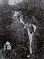 Collectie NM van Wereldculturen TM-60054674 Waterval, Penang Fotograaf A. (August) Kaulfuss (1861 - 1909).jpg