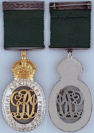 Colonial Auxiliary Forces Officers' Decoration - Image: Colonial Auxiliary Forces Officers' Decoration (George V) v 1