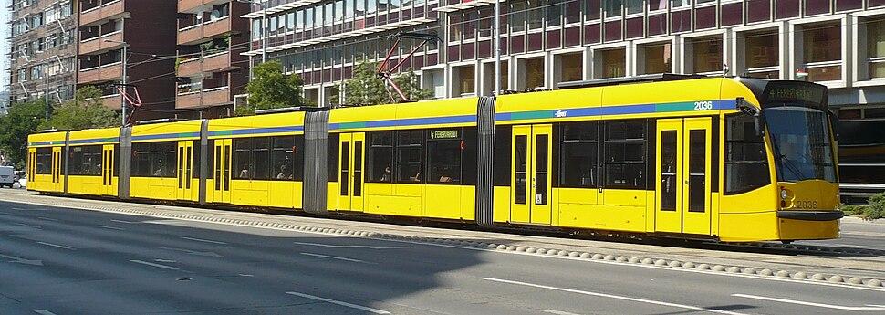Combino Supra 2036 in Budapest