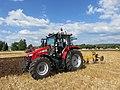 Concours de labour de Boissia - Tracteur Massey avec charrue Huard (juil 2018).jpg