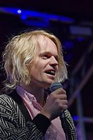 Connan Mockasin (Haldern Pop Festival 2013) IMGP4358 smial wp.jpg