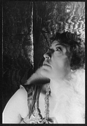 Constance Collier - Collier photo taken by Carl Van Vechten, 1932