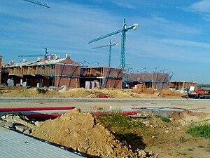 Español: Comstrucción de viviendas familiares ...