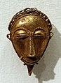 Costa d'avorio, baule, pendenti in oro, xx secolo, 06 maschera.jpg