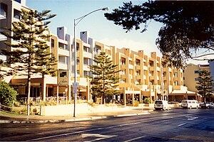 Lorne, Victoria - Image: Cumberland Lorne Resort along Mountjoy Parade in Lorne, Victoria