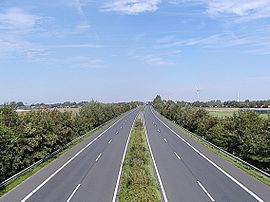 Cuxhaven 2007 -A27 Groden- by-RaBoe 01.jpg
