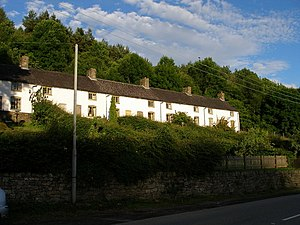 Cwmavon Cottages - geograph.org.uk - 469957.jpg