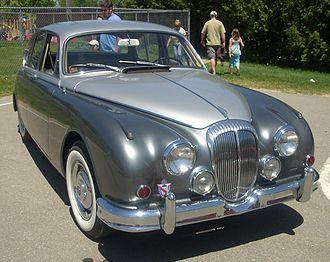 Daimler 250 - Daimler 2.5 V8 (North America)