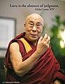 Dalai Lama (14999177963).jpg