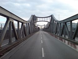 Darmstadt HBF Bridge Tower II.jpg