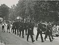 De groep van de Bredase Politie Sport Vereniging o.l.v. de heer L.A. Brouwers op – F40999 – KNBLO.jpg