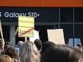 Demo in Berlin zum Referendum über die Verstaatlichung großer Wohnungsunternehmen 30.jpg