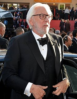 Donald Sutherland Cannes 2016.jpg