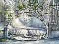 Donndorf-Fantaisie Schloss-Muschelbank-15.04.2007.jpg