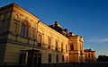 Drottningholms slott, Castle at Sunset (45247123822).jpg