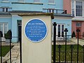 Dylan Thomas Blue Plaque, The Croft, Tenby.jpg