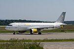 EC-KCU Airbus A320-216 A320 - VLG (18232988163).jpg
