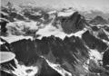 ETH-BIB-Grand Combin, Matterhorn v. W- aus 4400 m-Inlandflüge-LBS MH01-005177.tif