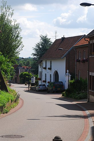 Eckelrade - Eckelrade street in the hilly southern part of Limburg