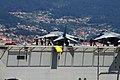 "El ""Juan Carlos I"" L-61 zarpa de Vigo (48181002977).jpg"