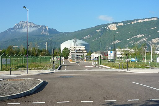 Entrée European photon and neutron science campus - Grenoble