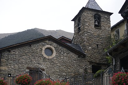 How to get to Arinsal with public transit - About the place