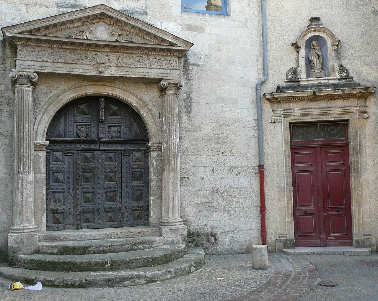 Datei espace van gogh ancien h tel dieu portail de la for Porte jarretelle h m