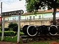 Estação Ferroviária de Bebedouro com as casas antigas ao lado da estação - panoramio.jpg