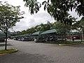 Estacionamento de um posto de combustível na Rod. Ayrton Senna. - panoramio.jpg