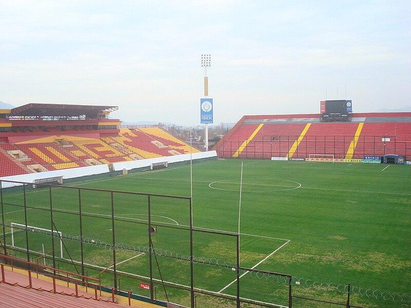 Copa Internacional- Copa Santander Libertadores  (CSL) - Página 25 800px-Estadio_Santa_Laura