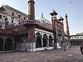 Fatehpuri Masjid in Delhi 13.jpg