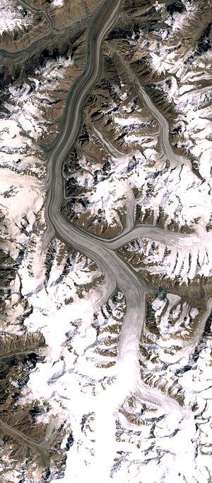 Fedchenko Glacier - Fedchenko Glacier, Landsat 7 satellite image, 2008-08-22