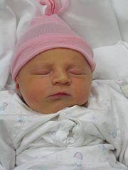 Dívčí novorozenec 1 den