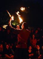 Feuershow – Hörnerfest 2014 08.jpg