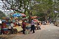 Footpath - Queens Way - Kolkata 2013-01-05 2395.JPG