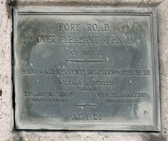 Fort Street–Pleasant Street and Norfolk & Western Railroad Viaduct - Image: Fort Street Pleasant St Plaque