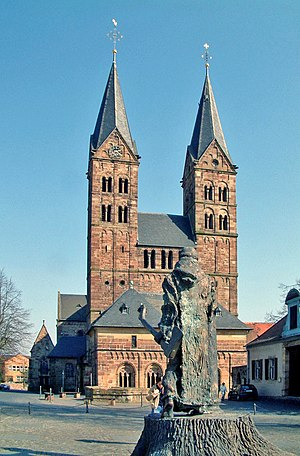 Fritzlar - Saint Peter's Church, with statue of St. Boniface, who was a Christian missionary from England, in foreground