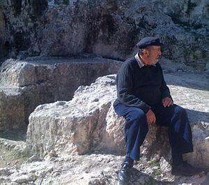 Ketef Hinnom - Gabriel Barkay at Ketef Hinnom