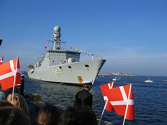 Galathea expeditions - The Vædderen being welcomed home to Copenhagen on 25 April 2007 at the end of her voyage