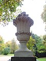 Gartenvase im Dresdner Blüherpark (123).jpg