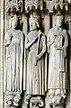 Gate statues Saint-Germain l'Auxerrois.jpg