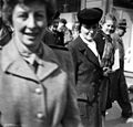 Gateliv i Trondheim 17. mai 1945 (23147871945).jpg