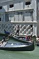 Gondole sul retro del Palazzo Ducale Venezia.jpg