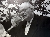 Gottlieb Duttweiler in den 1950's - Strohhaus-Ausstellung 'Park im Grüene' 2015-06-17 17-46-01.JPG