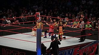 Máscara Dorada - Lucha House Party in the ring - Metalik (left), Kalisto (middle) and Lince Dorado (right)